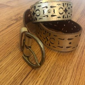 Lucky Brand Laser Cut Gold Leather Belt Small
